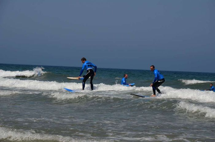 How to enjoy the best of surf school trip at Portugal