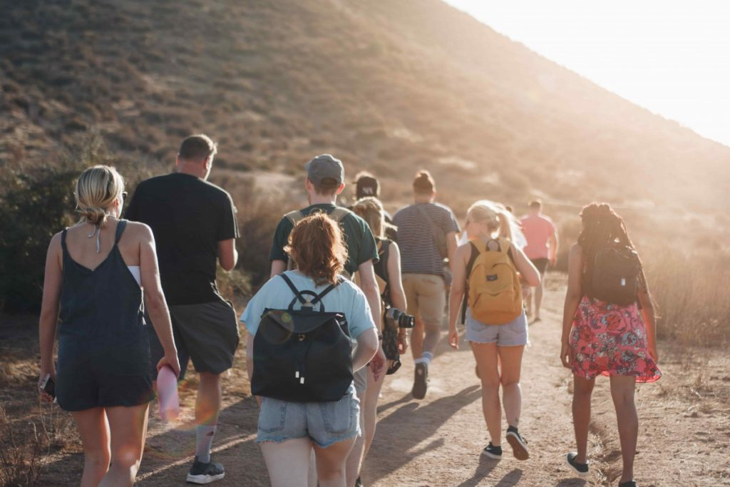 Tips to Organize Travel With A Large Group