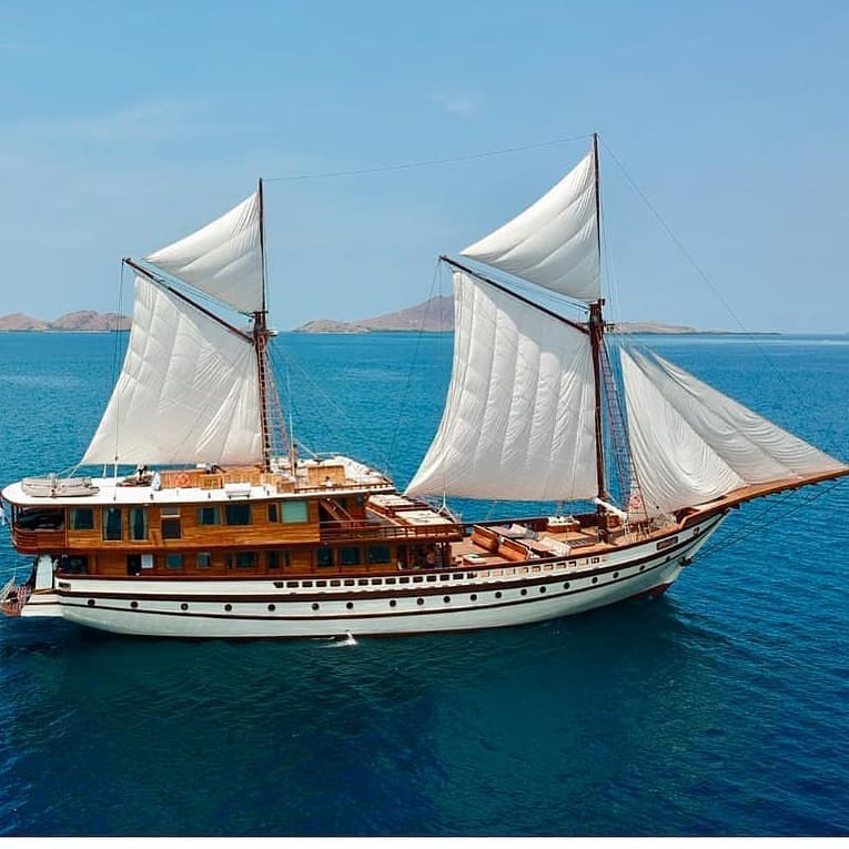 What You Can Do with Luxury Liveaboard Komodo